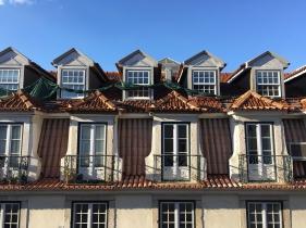Delta in Lisbon - 3 of 34